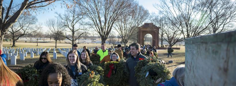 Volunteers Participate in Wreaths Out