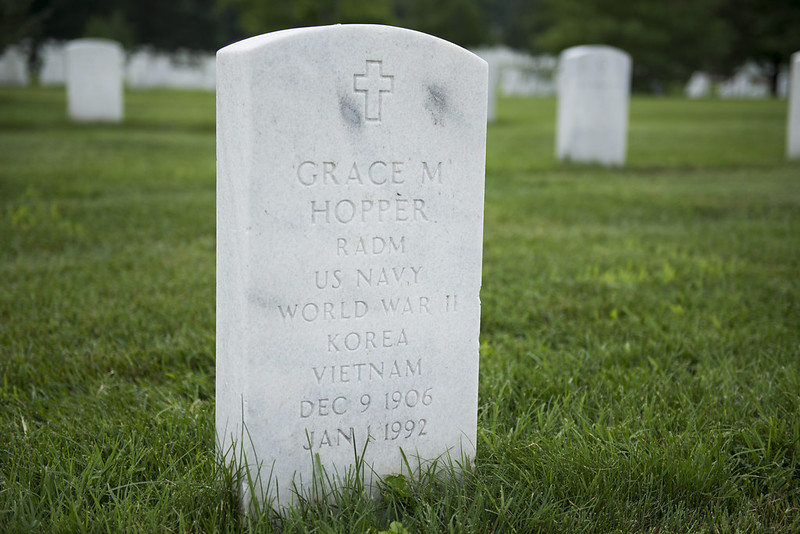 Gravestone of Admiral Grace Hopper, a pioneer in computing